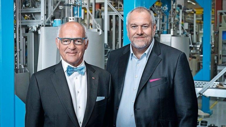 Dr._h.c._Klaus_Endress,_Präsident_des_Verwaltungsrats_(links),_und_Matthias_Altendorf,_CEO_der_Endress+Hauser_Gruppe