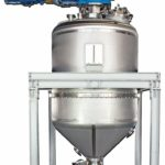 The_cylindro_conical_dryer_CCD_has_a_central_shaft_agitator_and_is_designed_for_gentle_drying_of_solids_in_the_chemical,_fine_chemical,_pharmaceutical_and_food_industries