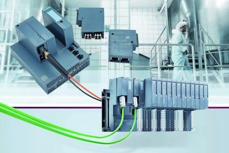 Mit_Scalance_XF-200BA_bietet_Siemens_eine_neue_Produktlinie_kompakter_Switches._Anwender_können_durch_den_flexiblen_Einsatz_unterschiedlicher_Bus-Adapter_elektrische_und_optische_Linien-,_Stern-_und_Ringstrukturen_aufbauen._Zur_Verfügung_stehen_dabei_Bus-