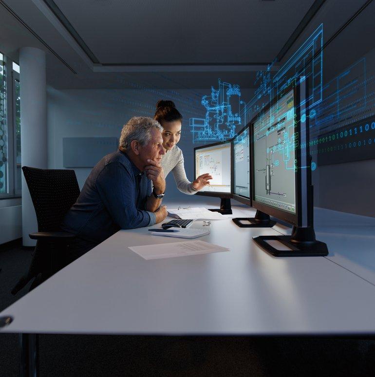 Siemens_präsentiert_auf_der_Achema_2018_erstmals_die_neue_Version_V10_der_Simulationssoftware_Simit_aus_dem_Digital_Enterprise-Portfolio_für_die_Prozessindustrie._Mit_der_neuen_Software-Version_können_zusätzliche_Funktionalitäten_wie_Bibliotheken,_der_Com