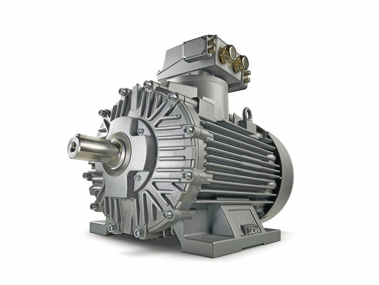 The_Simotics_XP_Chemstar_low-voltage_motor_series_is_available_in_a_number_of_preconfigured_industry-specific_option_packages,_each_of_which_is_specifically_tailored_to_the_needs_of_the_chemical,_petrochemical,_oil_and_gas_industries.___Die_Niederspannung