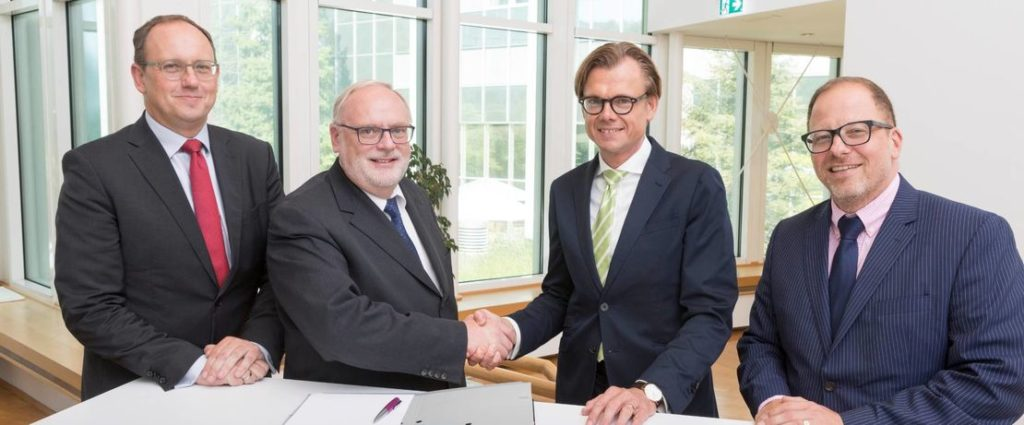 Evonik Technology and Siemens AG